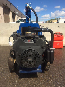 BROTHERS TWO SMALL ENGINES INC. GRACO GH 733 HYDRAULIC SPRAYER