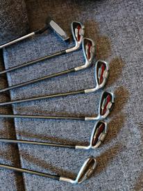 Wilson Matrix Golf Irons 6-SW and putter