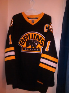 REEBOK BRUINS JERSEY #1-MOM