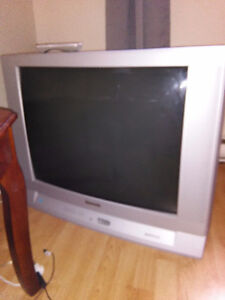 """32"""" Panasonic TV with built-in surround sound"""