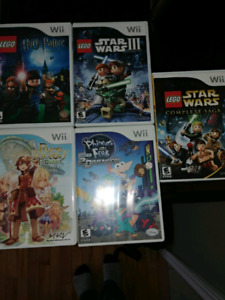 Wii games excellent condition!!