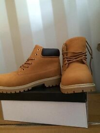 Brand new in box timberland boots free postage all sizes