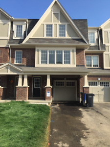 Spacious Freehold Townhouse in Brampton for Rent