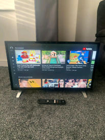 Toshiba 32 Inch Smart TV Full HD LED 1080p Freeview Remote Stand