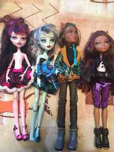 Monster High Sweet 1600 4 doll lot Christmas West Island Greater Montréal image 2