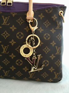 Louis Vuitton First Copy Hand Bag for sale - GORGEOUS