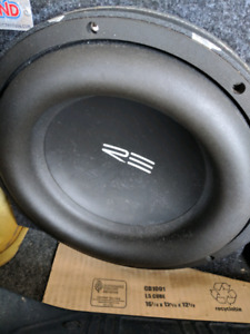 Car sub woofer and amplifier