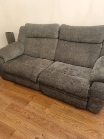 Set of 3+2 seater recliner sofas