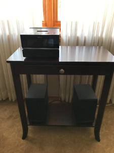 Stereo system with stand