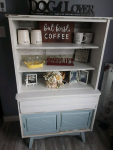 Refinished shabby chic hutch/cabinet