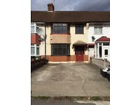 Large 3 bed house in Waltham cross town centre £1695pcm no dss