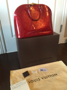 LOUIS VUITTON Alma GM Vernis POMME D'AMOUR red Monogram Handbag-