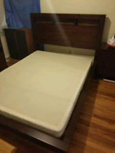Queen size bed frame, headboard and box spring