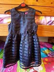 Holiday dresses  Windsor Region Ontario image 2