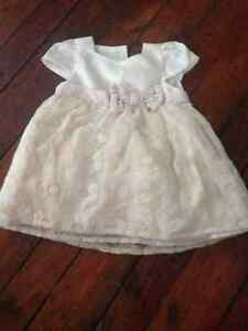 Beautiful cream coloured dress 3-6 months