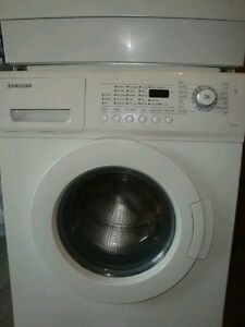 Samsung Front-load Washer, apartment size