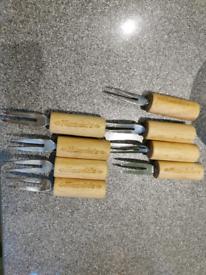 8xNandos Wooden Corn Cob Holder Cocktails Forks Stainless Steel