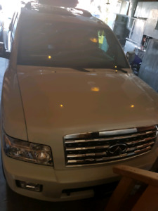 Low Milage Infinity  QX56 2009 For Sale