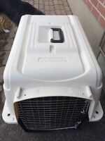 Pet Carrier (crate)
