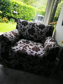 Single Seater Arm Chair