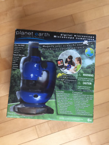 Planet Earth Digital Microscope