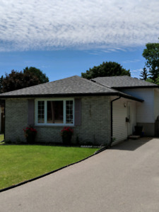 845 Orpington Rd $364,900 - BACK ON THE MARKET!!!