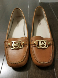 MK Michael Kors Brown Leather Flats Shoes Loafers - size 7