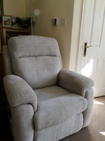 Rise & tilt power chair- newbury