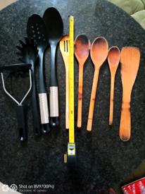 Cooking spoon, wood & plastic heat resistant