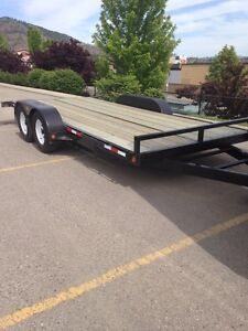 New flatbed trailer ( used once )