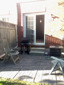 Off Campus McMaster Student House Room Sublet