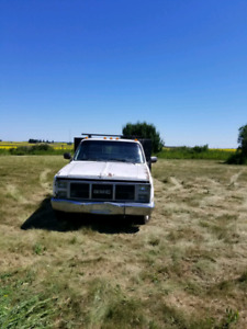 Flat deck truck for sale