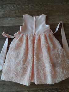 Like New two FLOWER GIRL DRESSES Size 6X Light Peach / Pink Cambridge Kitchener Area image 6