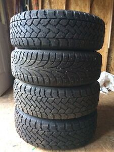 Snow tracker Winter Tires