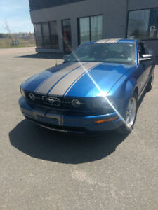 2009 mustang 45 the anniversary  902 565 6645 calls only!!!!!