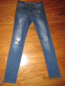 Size 2/4 Brazil Low Rise Jegging