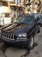 2004 Jeep Grand Cherokee MINT CONDITION!!