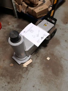 New 30 ton agricultural air hydraulic jack