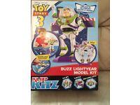 Toy story 3 buzz light year model kit