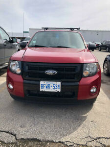 2009 Ford Escape XLT 4WD SUV, Crossover