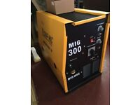 Brand new Mig Welder 300 amp single phase * Not Tig or Inverter Tools *