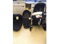 Brand new quinny set unwanted gift cost over £1000 wanting 550