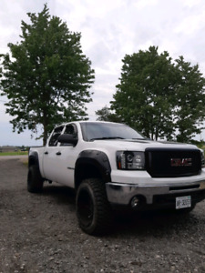 "4"" LIFTED 13 GMC SIERRA 4X4"