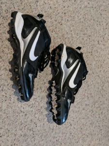 Football Cleats (Nike, size 11)