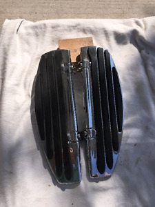 HARLEY STRETCHED FLOORBOARDS & MATCHINGS CONTROLS