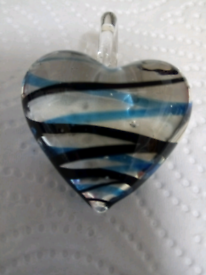 LADIES NEW, ART GLASS, HAND CRAFTED, HEART PENDANT