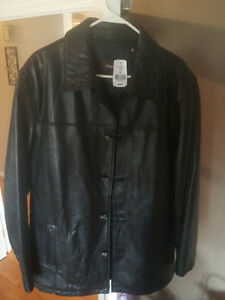 Genuine Danier Collections Leather Jacket PERFECT CONDITION!!!