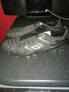 Soccer Cleats Umbro Blackouts