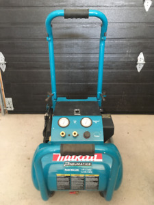 Compresseur Makita 3hp