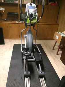 Spirit XE 350 ELLIPTICAL